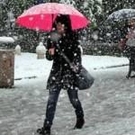 STIŽE PRAVA ZIMA Tokom dana snijeg u većini krajeva
