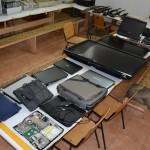 Pronađen arsenal oružja i ukradena računarska oprema (FOTO)