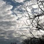 Oblačno sa povremenom kišom