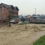 Srbija: Izlile se rijeke, vanredno u sedam opština, počela evakuacija (FOTO/VIDEO)