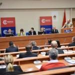 Ujedinjena Srpska: Odustati od protesta i kontraprotesta