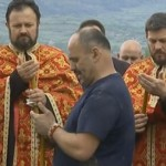 Pogledajte obraćanje Zmaja od Šipova na sahrani njegovog brata! (VIDEO)