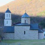 Manastir Rmanj: Ko krčmi crkvenu imovinu? (VIDEO)