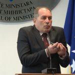 Јoš jedna skandalozna konferencija Dragana Mektića (VIDEO)