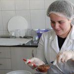Prijedorski srednjoškolci uspješno uzgajaju i prerađuju povrće i voće