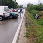 U sudaru dva automobila i kedija povrijeđeno pet osoba
