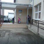 Samo u jednoj OŠ u Prijedoru obezbeđena hrana u produženom boravku: Deci topli obrok STIŽE IZ HOTELA