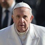 Papa pozvao Vučića u posjetu