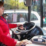 Prijedorčanki se ostvario dječiji san: Uživa dok vozi autobus (FOTO)