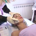 O da, moguće je: JEDAN tretman, BEZ BOLA vraća vas 10 godina u mladost (VIDEO)
