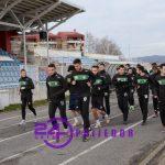 AGONIJA NASTAVLJENA Igrači Rudar Prijedora ni juče, šesti dan zaredom, nisu trenirali  Tri sponzora, a klub diže kredit