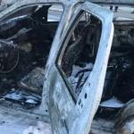 Izgorio automobil, tri osobe povrijeđene