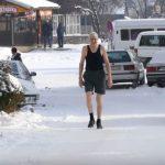 Blaško ne osjeća zimu, na minus 14 šeta obučen kao da je ljeto VIDEO