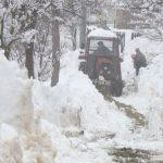 Krupa na Uni- Obilan snijeg donio nevolje (VIDEO)
