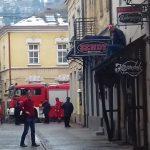 Tuzla: Asmir Dedić posuo se benzinom i prijetio da će se zapaliti!