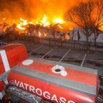 Vatra uništila pet skladišta firme u Rijeci