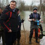 K. Dubica: Sve snage u akciji sanacije nasipa; Dodik obilazi Mlinarice (FOTO i VIDEO)