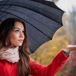 Evo kako šetanje po kiši može da vas učini zdravijim i mršavijim