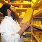 """Bratija manastira """"Klisina"""" godinama proizvodi sireve (FOTO)"""