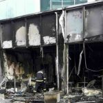 Užas u tržnom centru u Beogradu: Zapaljena kladionica, vatra gutala obližnje lokale (FOTO)