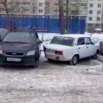 Zauzeo dva parking mjesta, pa dobio neviđenu kaznu (VIDEO)