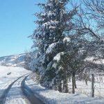 U nedjelju zahlađenje i snijeg na planinama