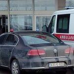 Vozilo koje je blokiralo ulaz UKC RS pripada potpredsjedniku Ramizu Salkiću
