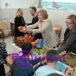 Aktiva žena Gradskog odbora SNSD-a posjetile su Dom za mušku djecu ometenu u razvoju (FOTO)