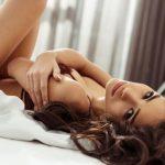 OSAM SIMPTOMA IH OTKRIVA: Prepoznajte žene koje vape za muškim dodirom