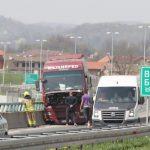 Nesreća na auto-putu Visoko – Sarajevo sjever, kamion UDARIO u zaštitnu ogradu