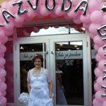 MIRJANA, LEGENDO! Proslavila je 30 godina RAZVODA i postala KRALJICA INTERNETA (FOTO)