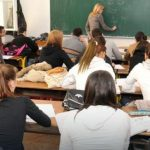 Kodeks oblačenja u osnovnim školama: Farmerke idu u prošlost! (VIDEO)