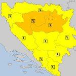 U BiH na snazi narandžasti meteoalarm zbog PLJUSKOVA I GRMLJAVINE