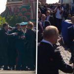 Osiguranje odguralo veterana, a onda je Putin pokazao kako se poštuju bivši borci