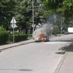 Automobil se zapalio u vožnji, vozač nepovrijeđen