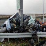 Teška saobraćajna nesreća u Sarajevu: Automobilom se zabio u stub, dvije osobe smrtno stradale (FOTO i VIDEO)