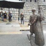 Dopremljen spomenik Mehmeda i Makarija Sokolovića u Andrićgrad
