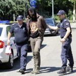 MODNI KREATOR OSUMNJIČEN ZA SEKSUALNO UZNEMIRAVANJE DJEČAKA Policija prečešljala stan Darka Kostića, ono što su pronašli poslato na HITNE ANALIZE