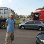 BUNT ZBOG SKOKA CIJENA GORIVA Mnogobrojni građani zaustavili automobile i rekli NE POSKUPLJENJU (FOTO, VIDEO)