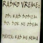 SAM SVOJ GAZDA: Natpis na vratima PRODAVNICE zasmejao CEO REGION, a sve zbog RADNOG VREMENA (FOTO)