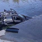 Automobil se prevrnuo u rijeku, dvije osobe teško povrijeđene