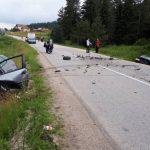 Teška saobraćajna nesreća na putu između Mokrog i Han-Stjenica, tri osobe povrijeđene, među njima i dijete (FOTO)