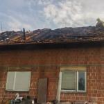 U Kamičanima kod Prijedora izgorio krov kuće