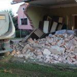 Kamion srušio kuću