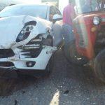 "U sudaru traktora i ""poršea"", traktorista zadobio teže povrede"
