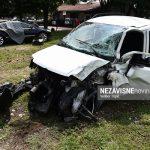 Asistentkinja udarila u drvo i poginula