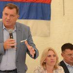 Dodik: Vlasti Srpske moraju da riješe PROBLEM MIGRANATA, moramo osigurati da NE UGROŽAVAJU naše ljude