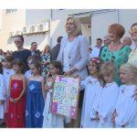 Pogledajte kako su mališani iz Srpca dočekali premijerku Srpske! (VIDEO)