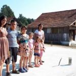 ZMIJE U TROŠNOJ KUĆI OSMOČLANE PORODICE Milinkovići jedva čekaju završetak njihovog novog doma kod Prijedora