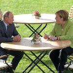"""""""Dug, ozbiljan i detaljan razgovor Putina i Merkelove"""""""